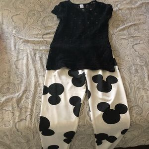 Black top and Mickey Mouse tight set.